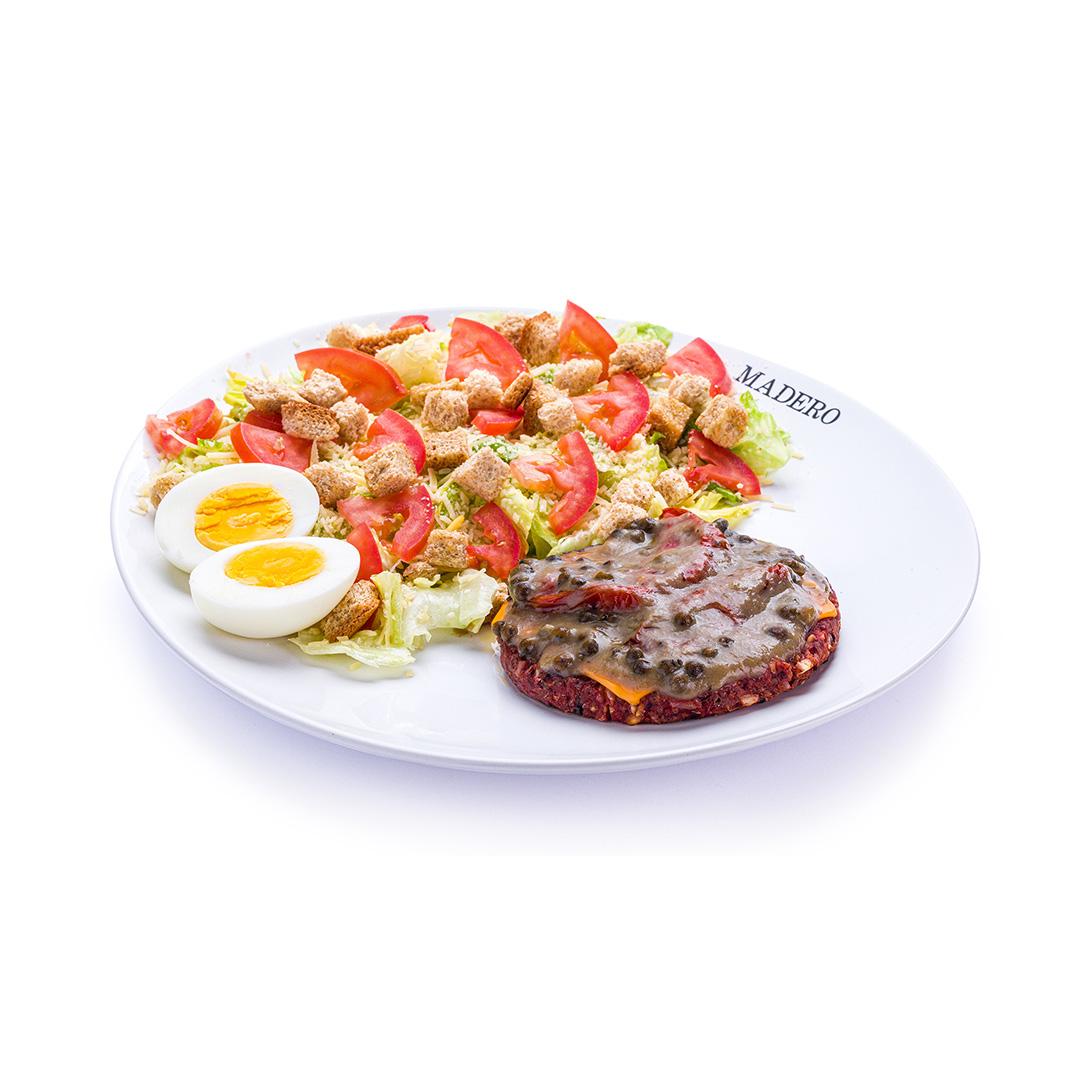Caesar Salad com Madero Burger Vegetariano