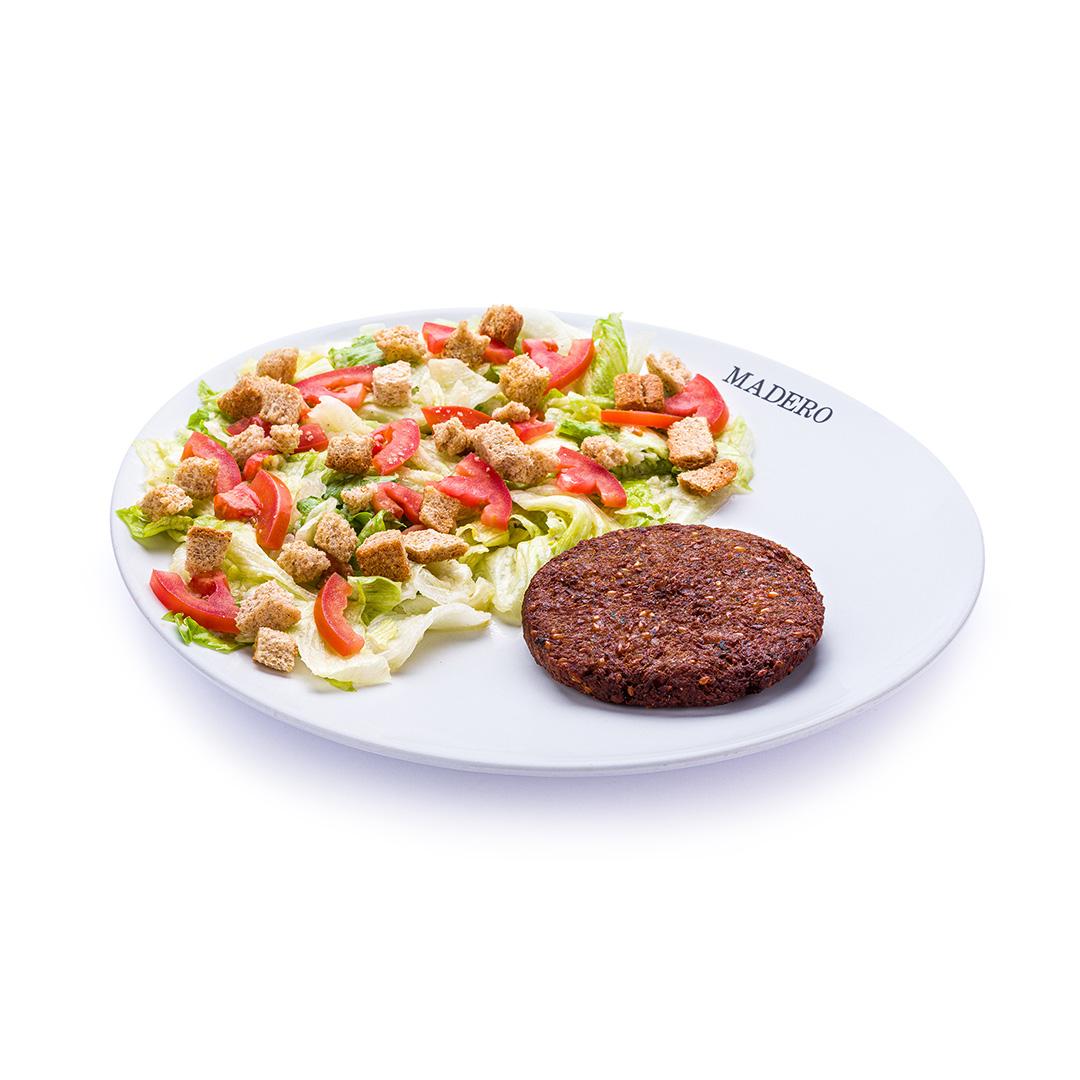 Caesar Salad com Falafel Burger Vegano